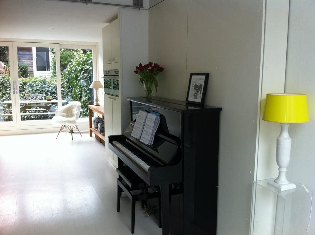 kitche area/ living room 1