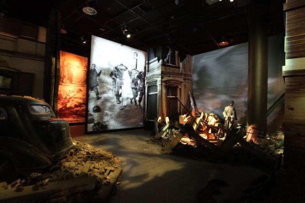 Airborne museum Oosterbeek (35 min)