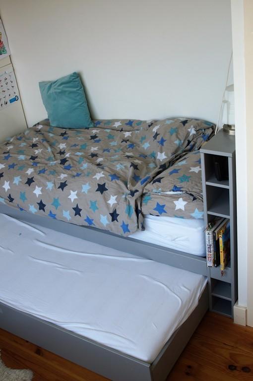an extra bed, children's bedroom 3d floor