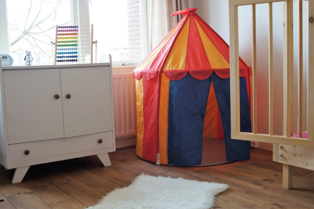 children's bedroom 2nd floor