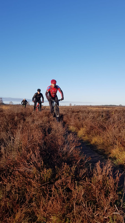Mountainbiking on the moors. This is Fokke with friends. He knows all the exiting routes starting at our front door!