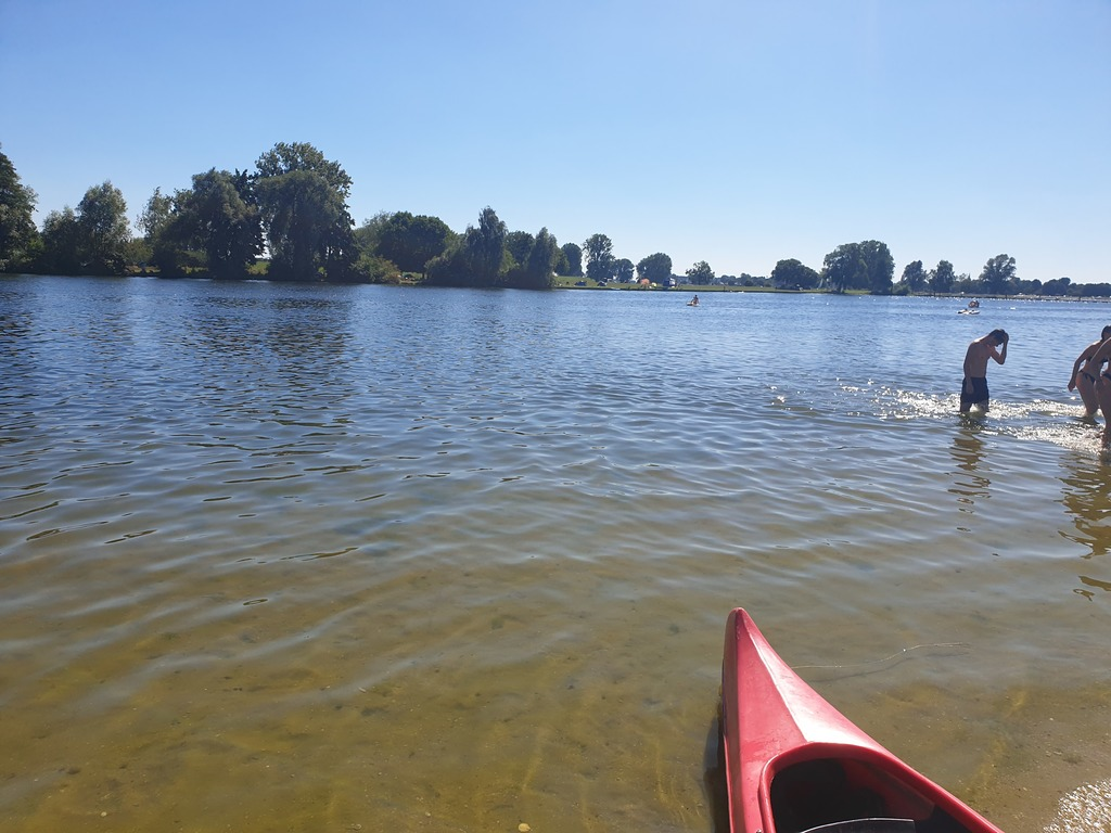 Gouden Ham (riverside) reachable by kayak and bike (6 km from our house)