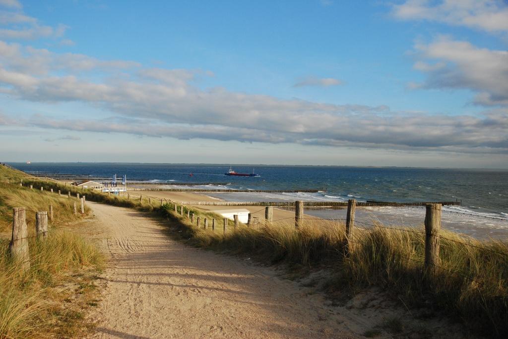 The dutch beach