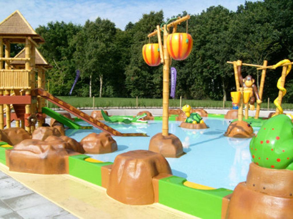 Aquacenter 'Merwestein' in Nieuwegein, 20 min. drive