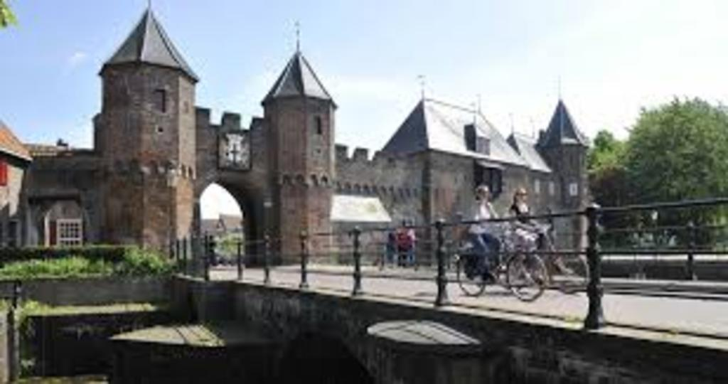 The beautiful city Amersfoort. Ca. 1 hour cycling.