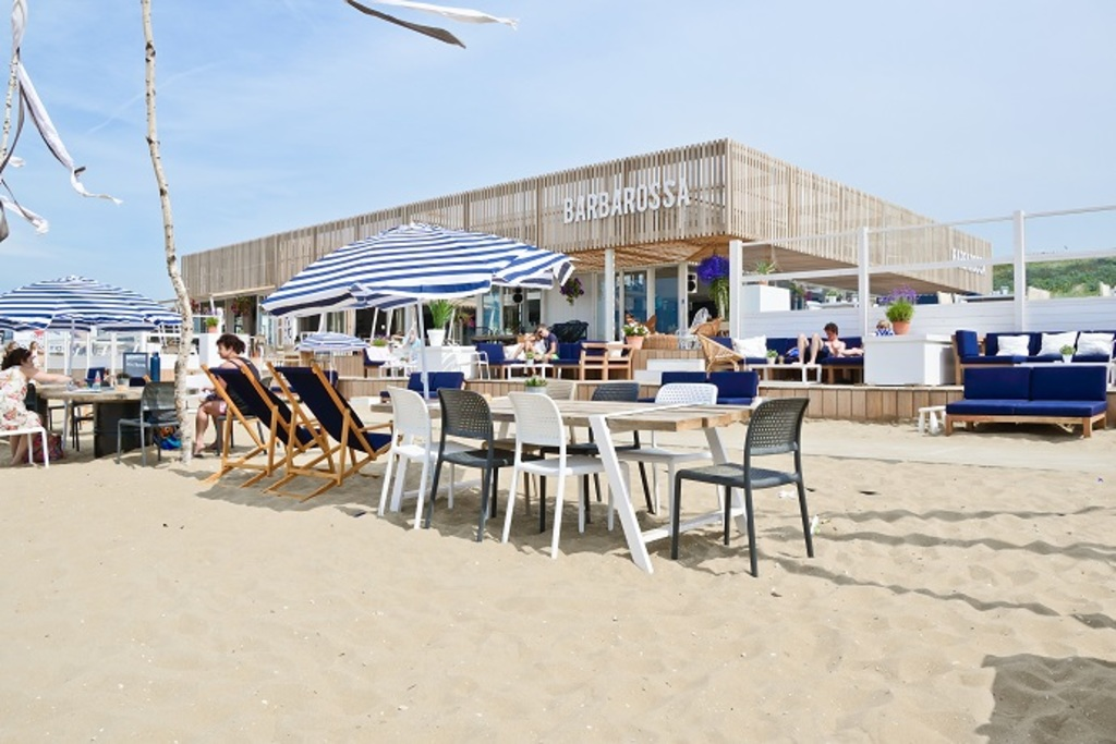 Some beachclubs are open all year round