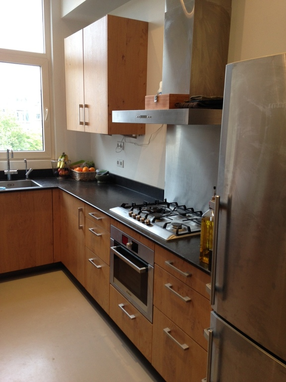 Kitchen, equiped with a quooker (boiling water tap), dishwasher and steam oven