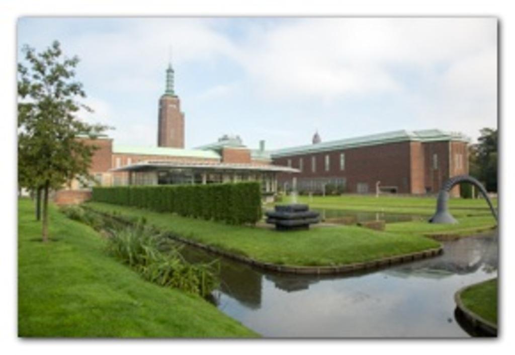 5 musea at Museumpark (20 min walking distance)