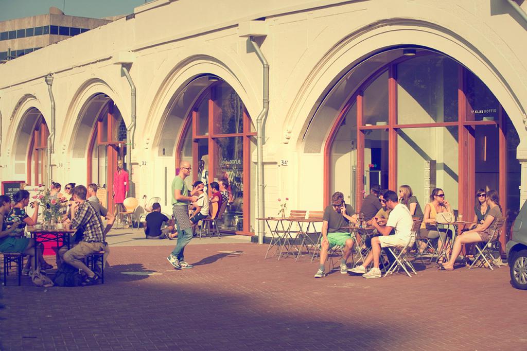 Hip&Happening shopping&dining at Hofbogen