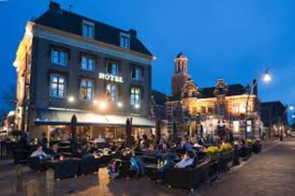 Zwolle centrum met vele musea, restaurants en terrasjes op 10 km afstand