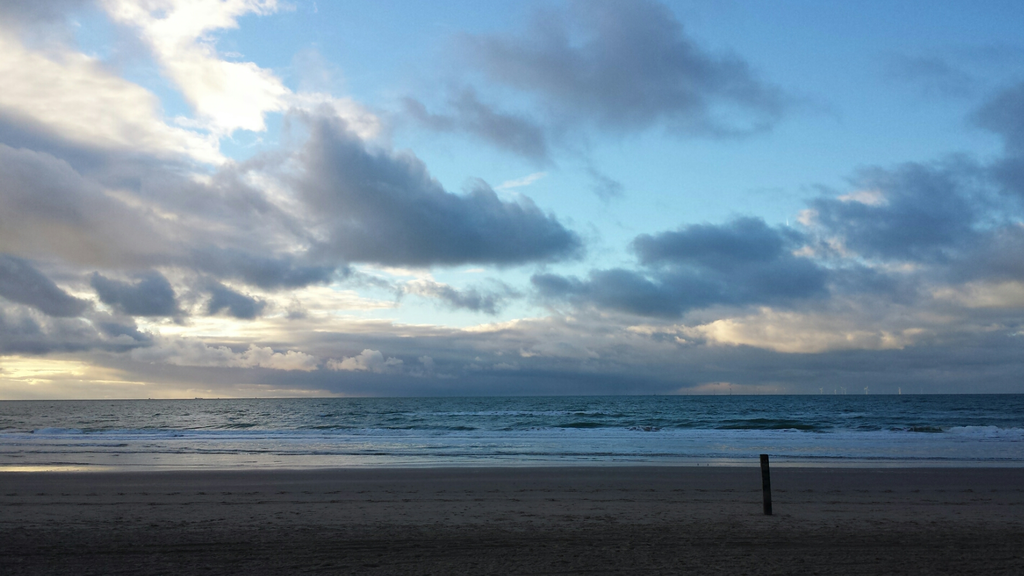 Beach Castricum 4 km