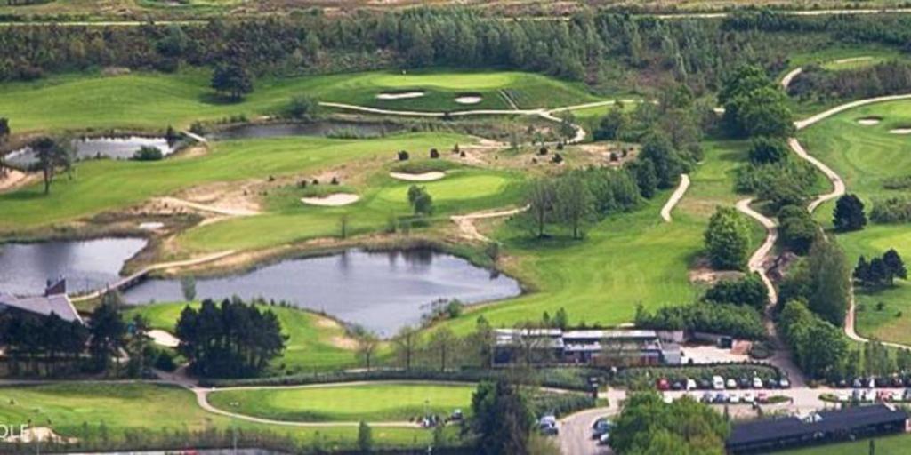 Golfcourt Spandersbosch- 15 mns by bike/ 10 mns by car