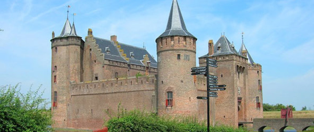 Muiden Castle, very nice for kids