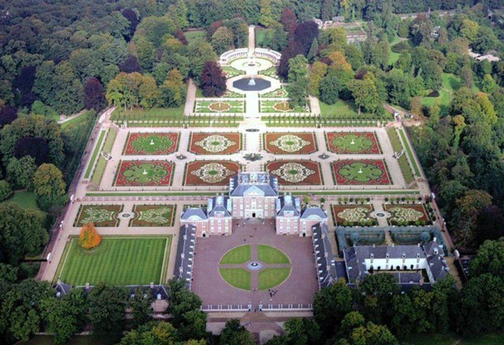 Paleis het Loo, Apeldoorn, 'the Versailles of The Netherlands', 40 min by car