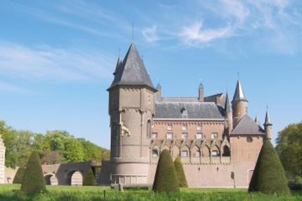In our Province (Brabant): Castle in Heeswijk