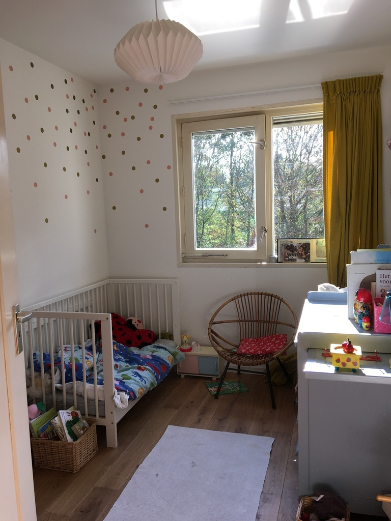 Children's bedroom 1