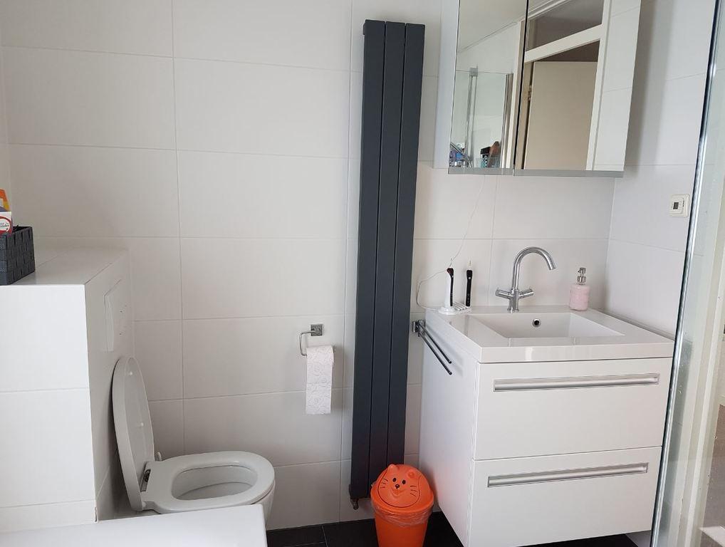 first floor, bathroom