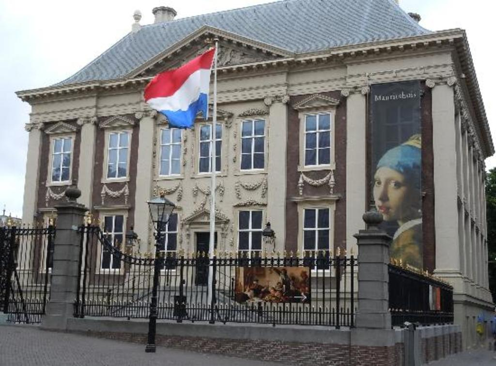 The Mauritshuis is home to the best Dutch paintings from the Golden Age. (10 min. walk)