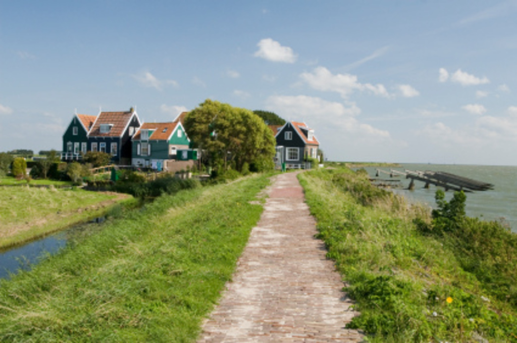 Beautiful Marken.