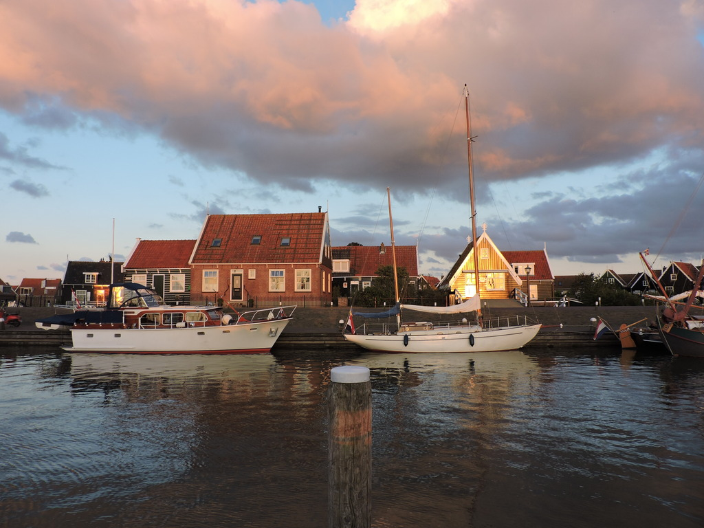 harbour Marken