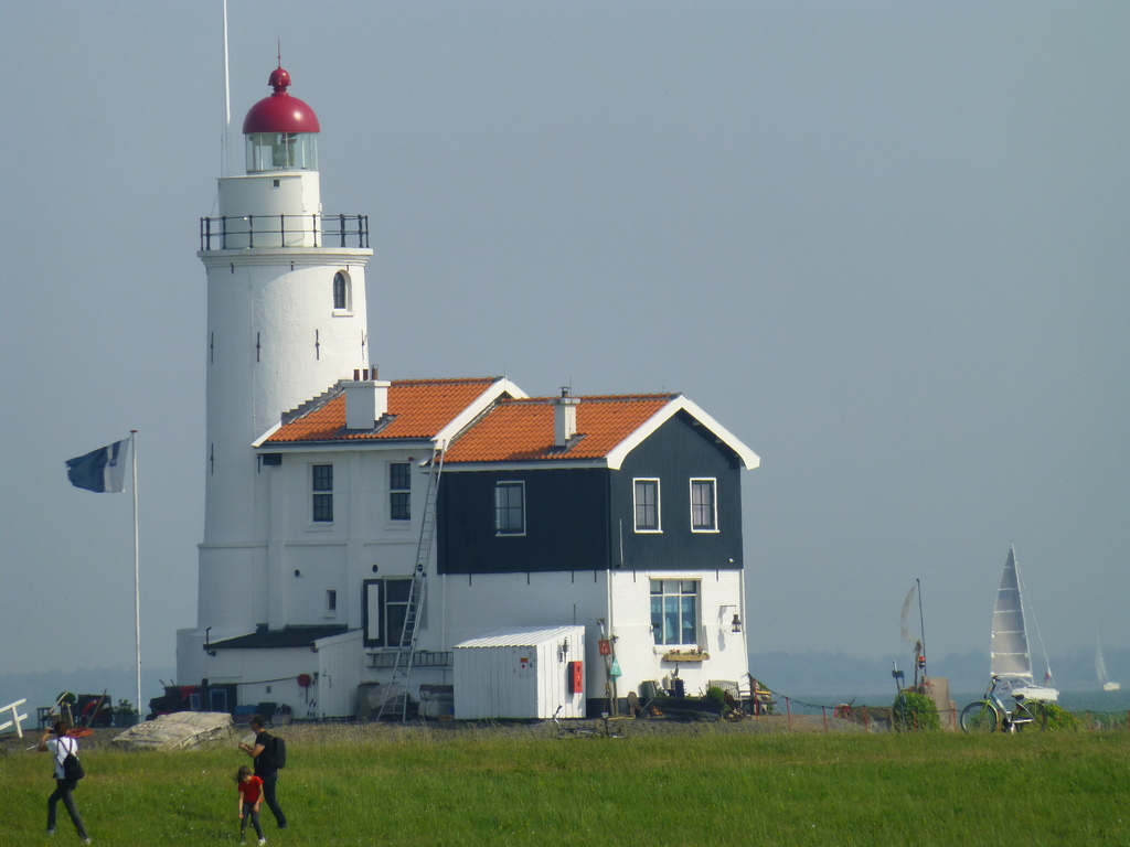 "famous firehouse ""horse of Marken"