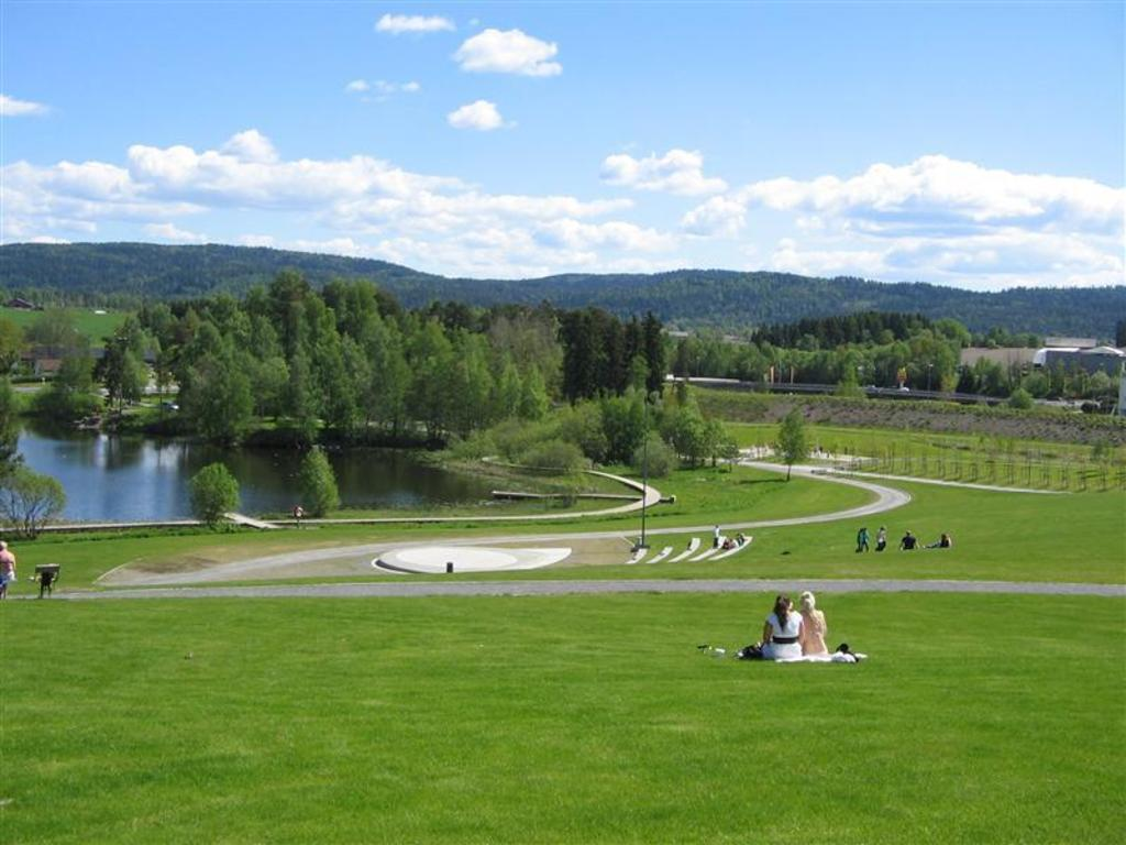 Park and recreation area - 15 mins walk