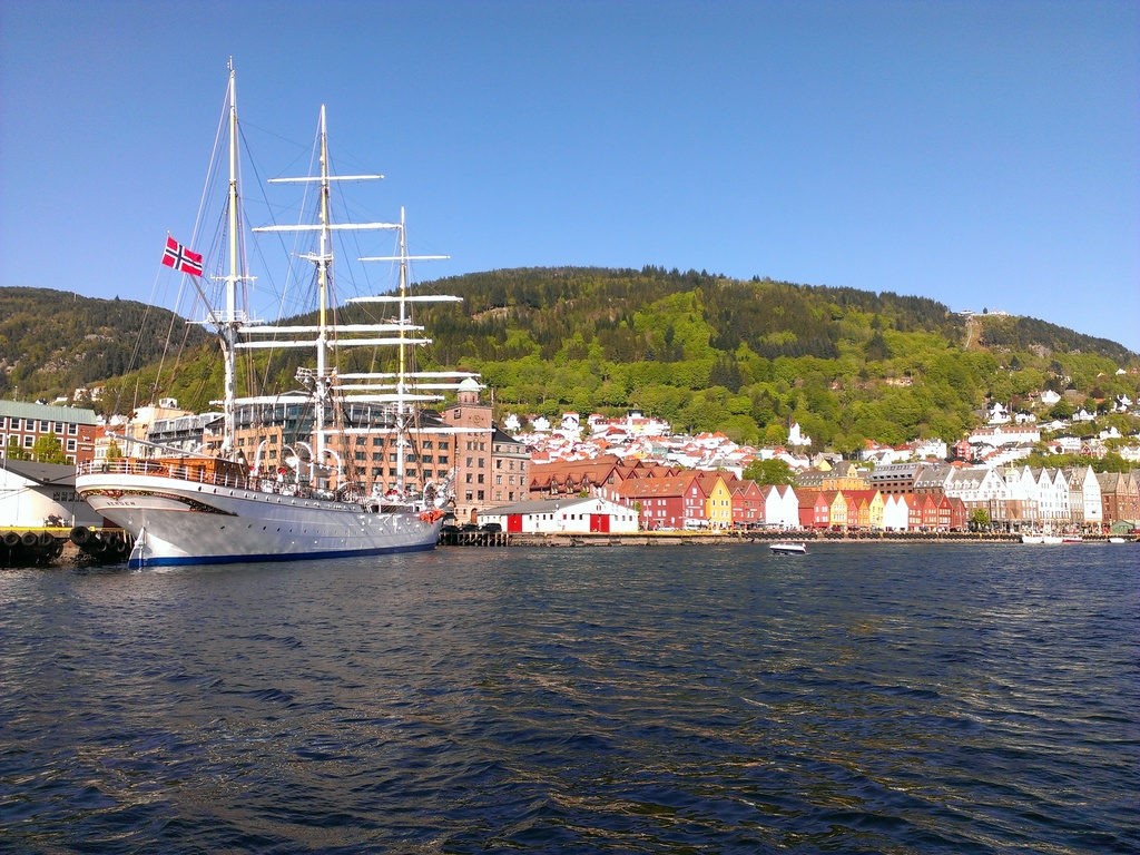 The Bergen harbour / Le port de Bergen