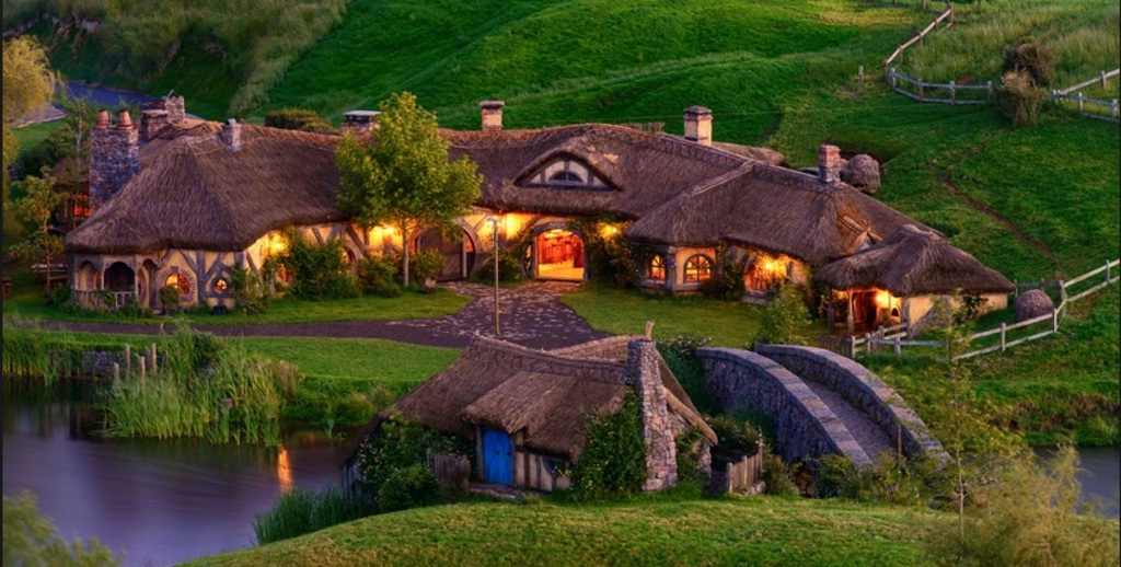 Green Dragon Tavern at Hobbiton
