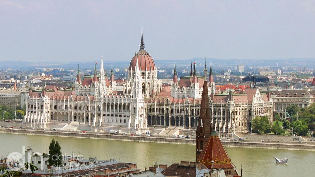 Budapest - Hungarian capital - 422 km