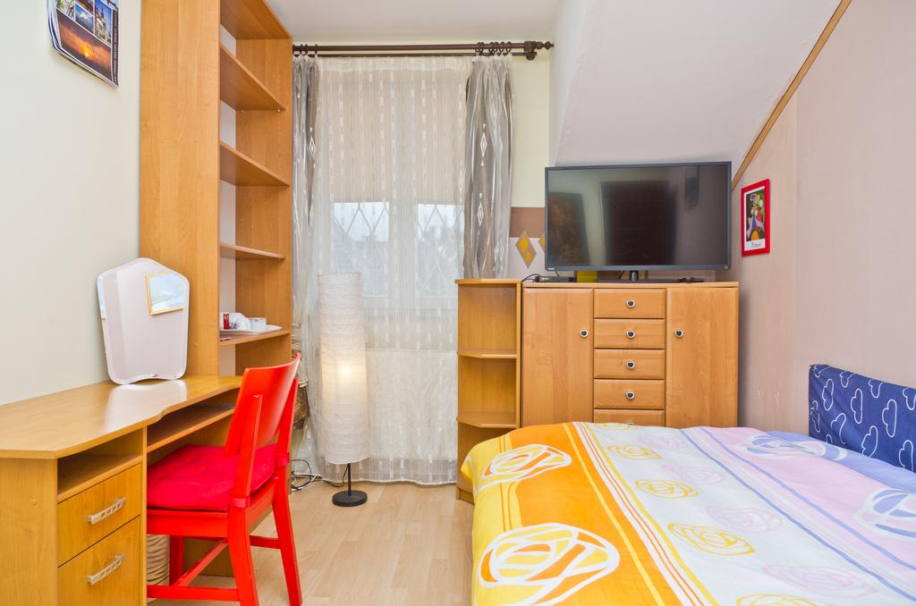Arkuszowa bedroom