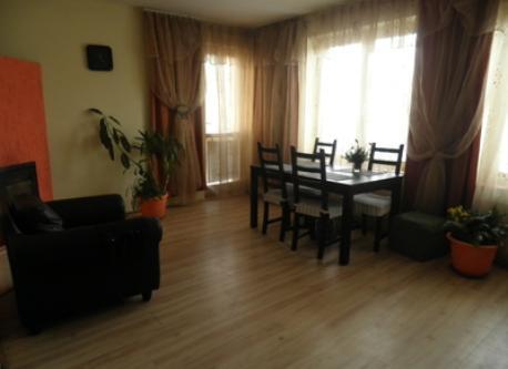 Arkuszowa living room