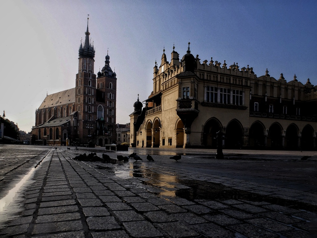 Kraków - Main Square (photo: Tomasz Wysopal)