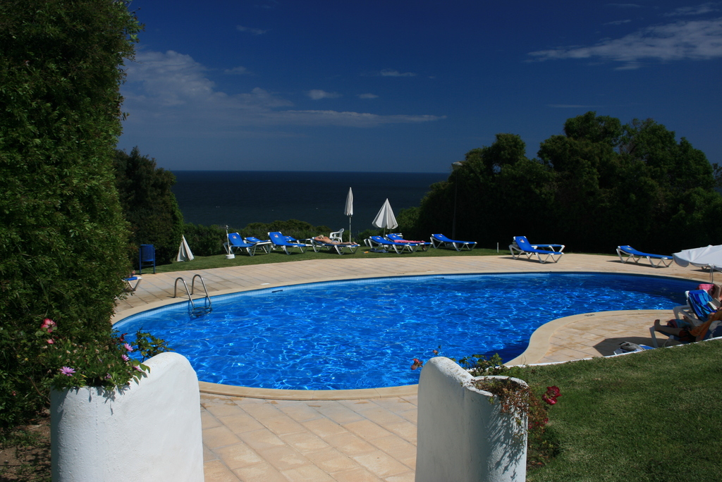 The oval pool overlooking the sea