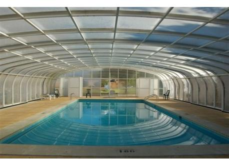 The heated and covered pool when necessary (open from 01/01 to 31/12)