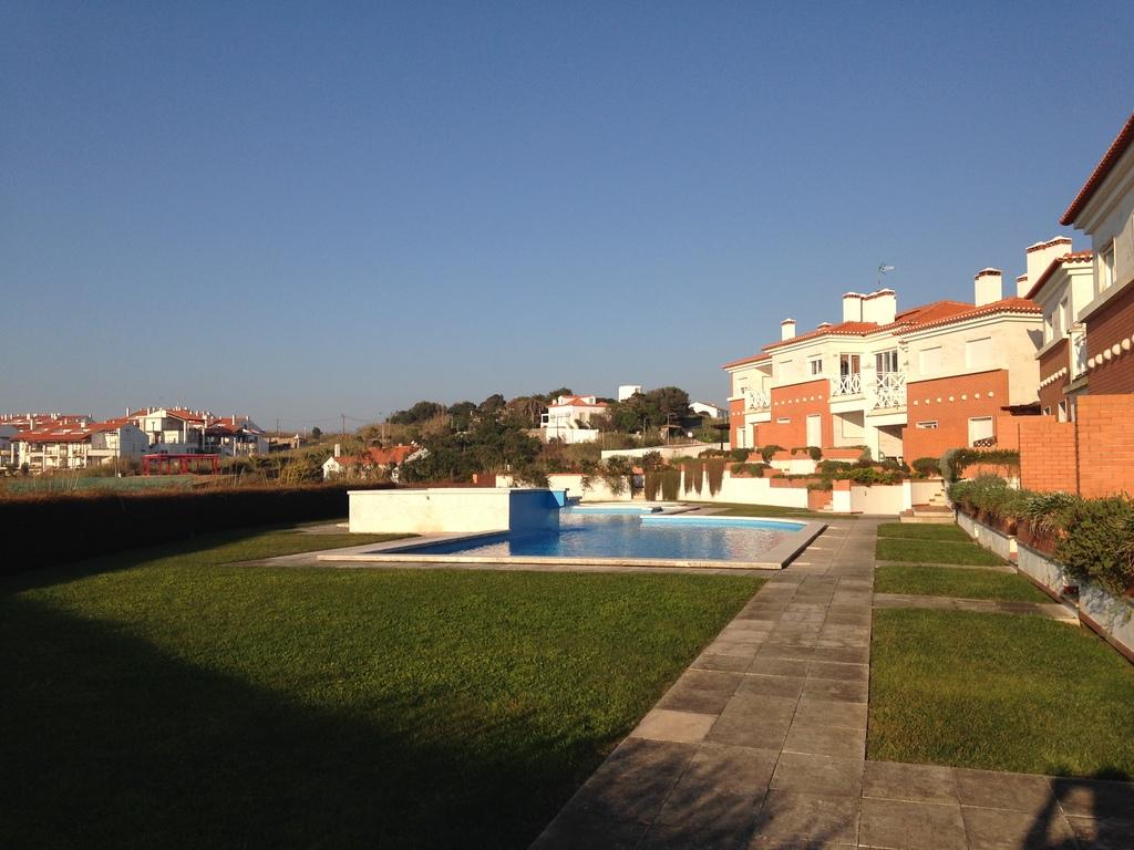 The swimming pool of the condominium.j