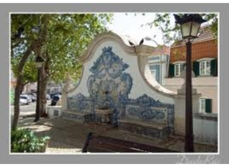 Fountain near church - Portuguese Tiles 100mts away, bus station and cash machine in this square