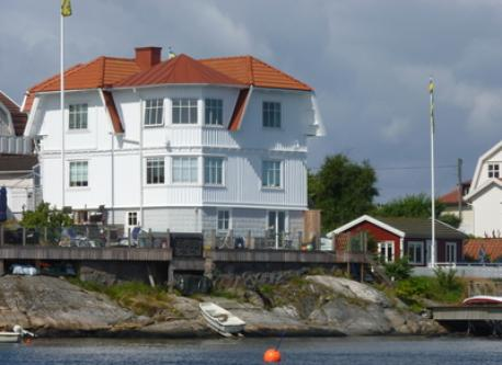 Summerhouse Hälsö Sweden can be part of a deal
