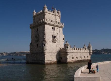 Lisboa - 150 km