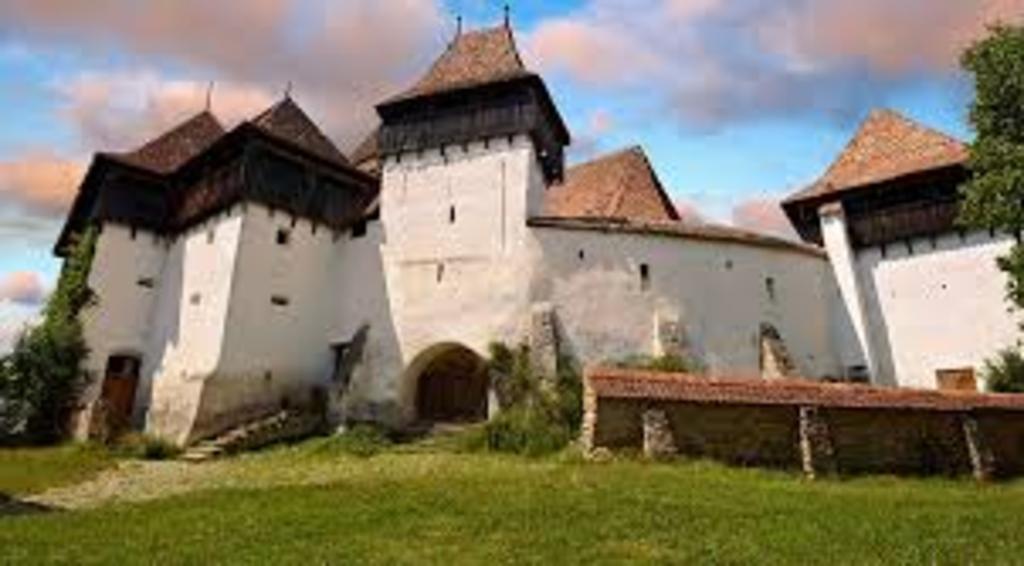 Viscri, Saxon Church Fortress, 85 km
