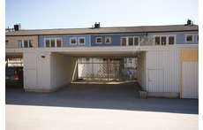 Frontside, Carport, parking