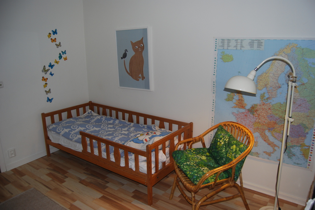 Junior bedroom, bed 2
