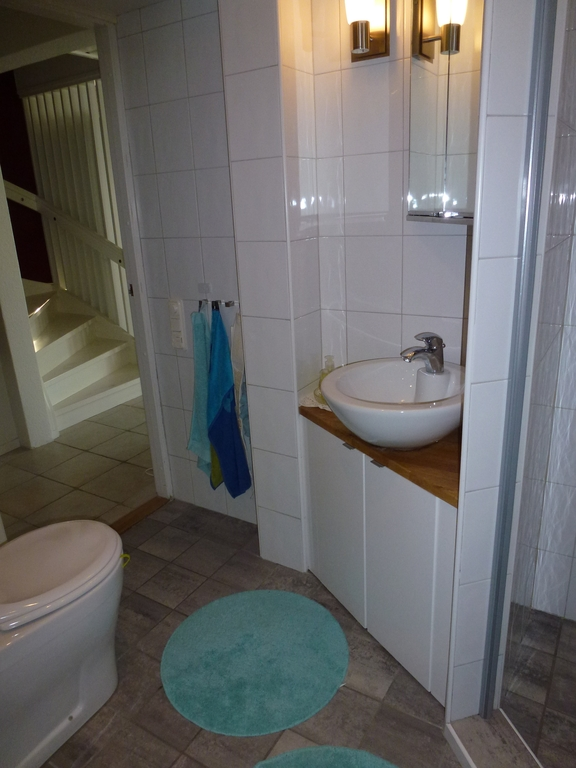 Bath room downstairs