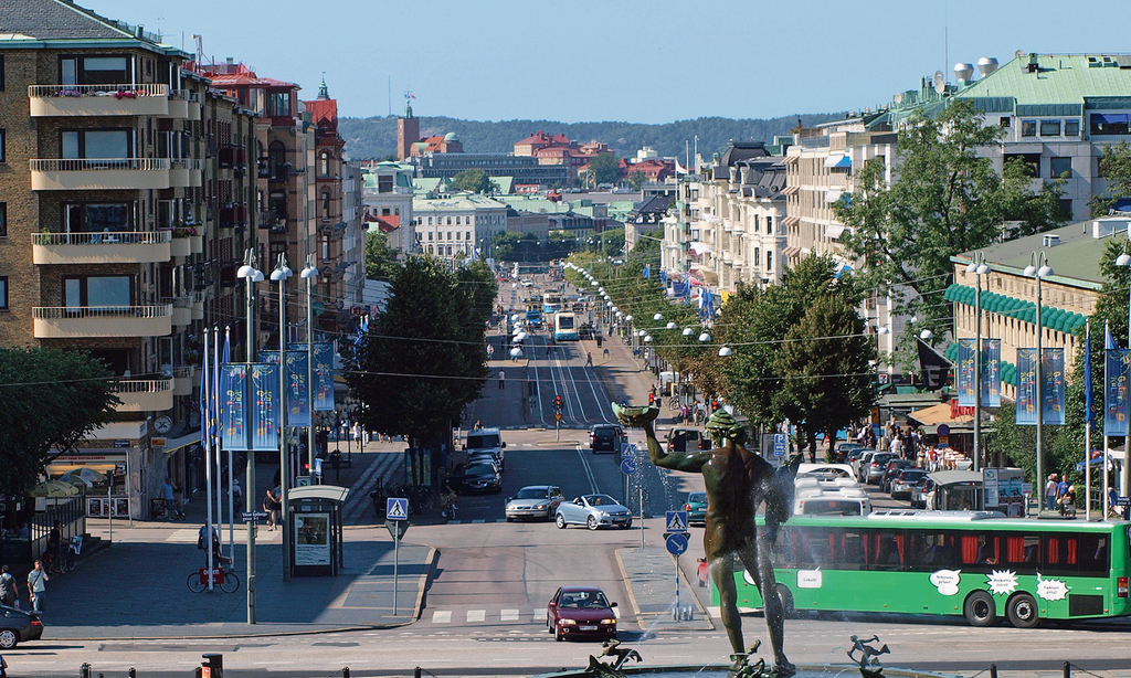The City Centre of Göteborg. 3 km from the apartment.