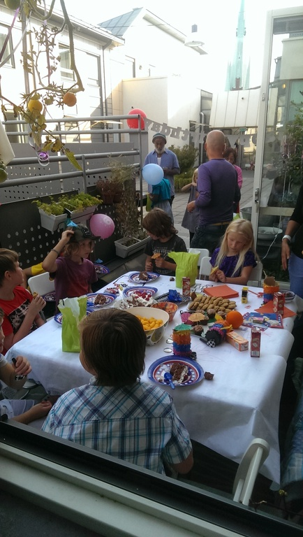 The patio fits four grown up dining or 8 kids having a birthday party.
