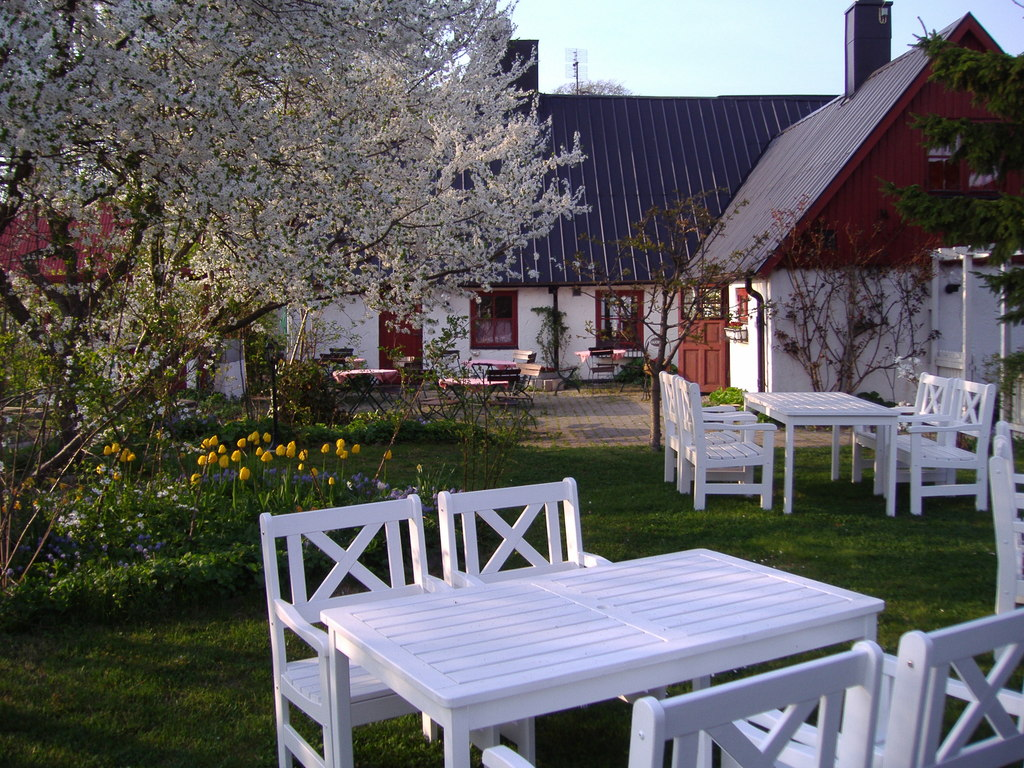 One of Skånes best restaurants, Hedmans krog, a few kilometres from us.
