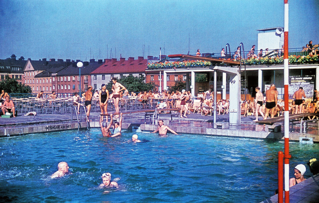 Vanadisbadet, swimming facilities just 600 m away (this is an old picture from 1938) reopening in summer 2014!