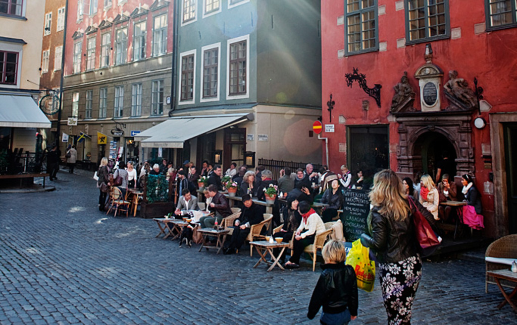 Outdoor dining in Old Town