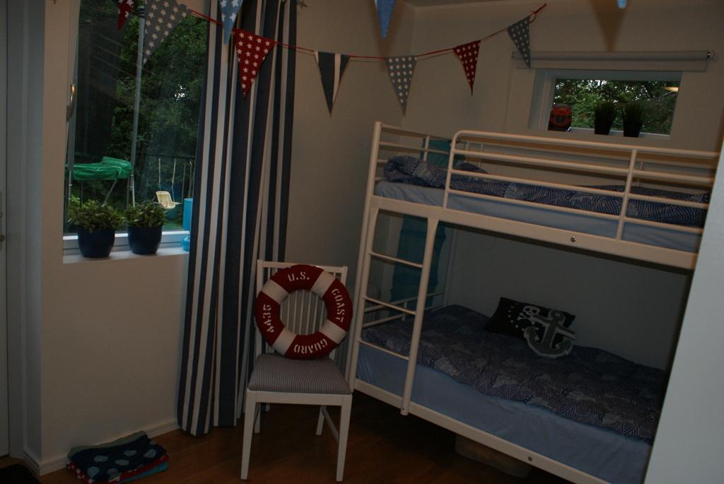 Children's bedroom with bunk bed