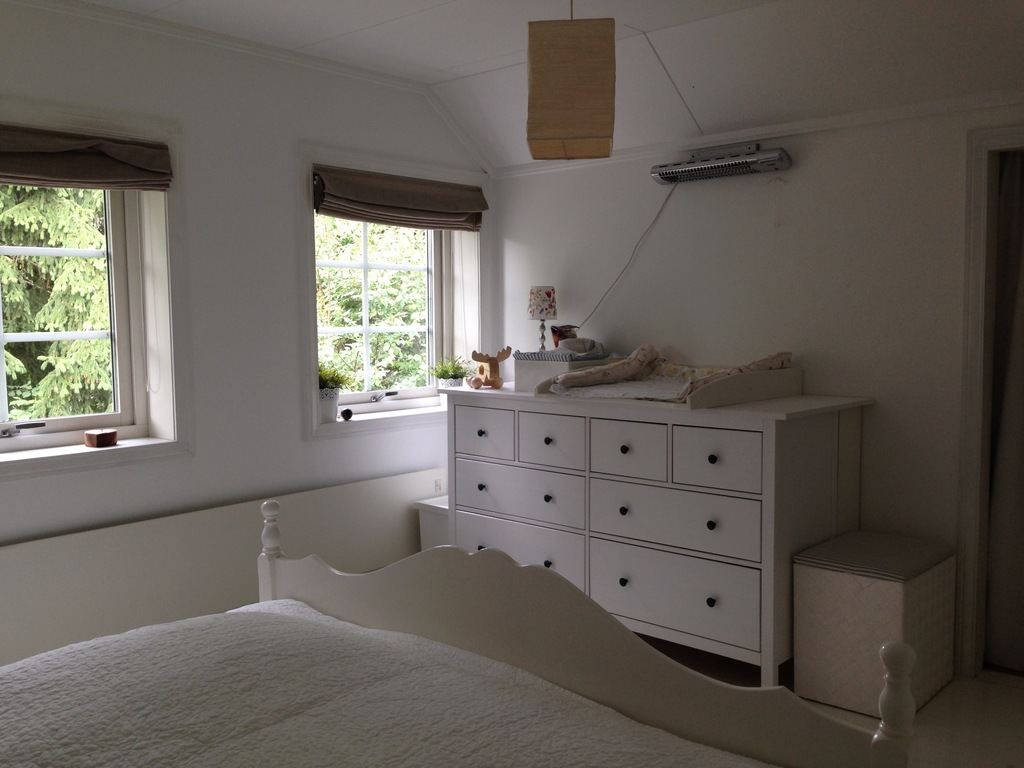 Master bedroom with baby changing facilities