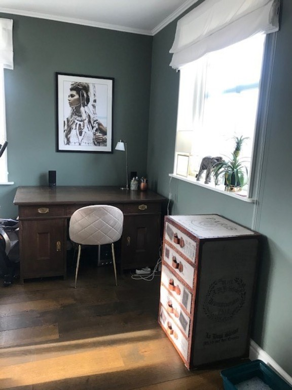 Livingroom 2/study